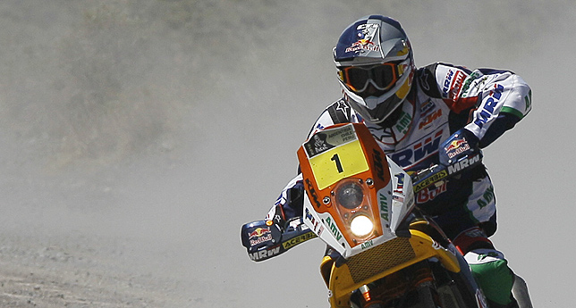Marc Coma gan la etapa y es, otra vez, lder del Dakar 2012 entre las motos. (Foto: AP)