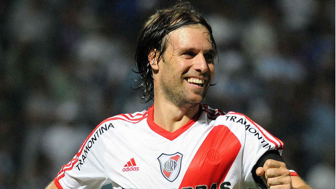 Cavenaghi jugara Champions League en su nuevo club.