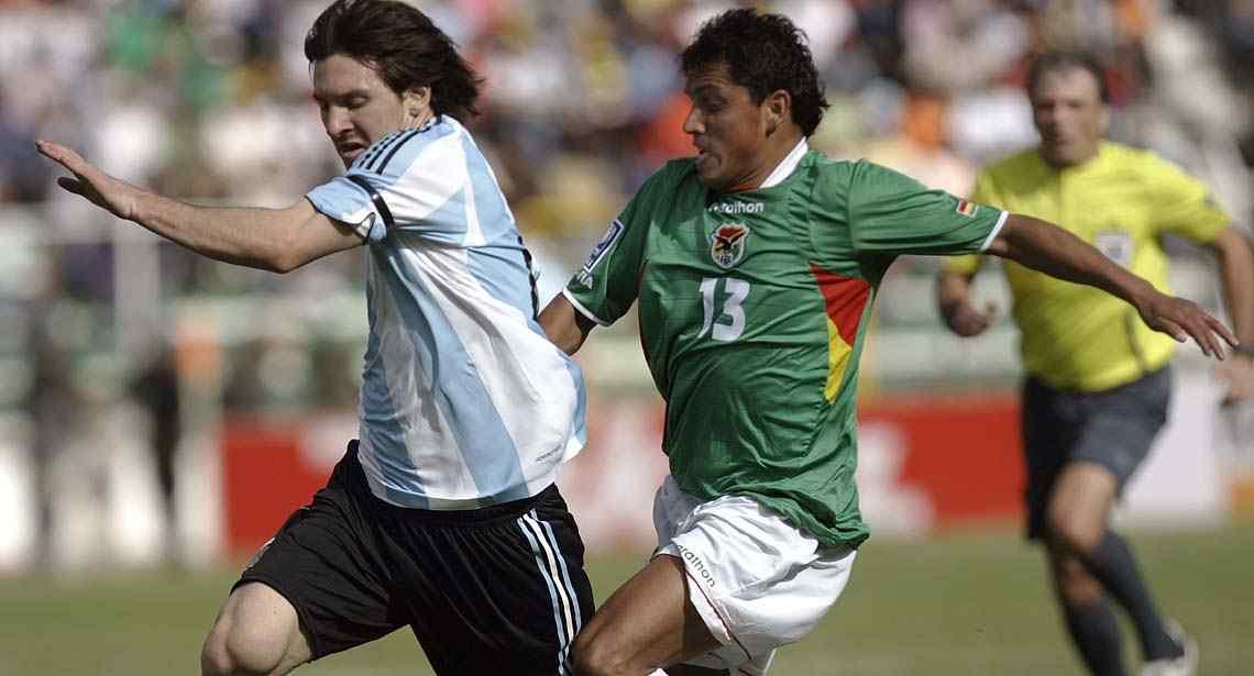Lio Messi jugó en La Paz, en abril de 2009. Fue el 6-1 (Foto: AP / Archivo).