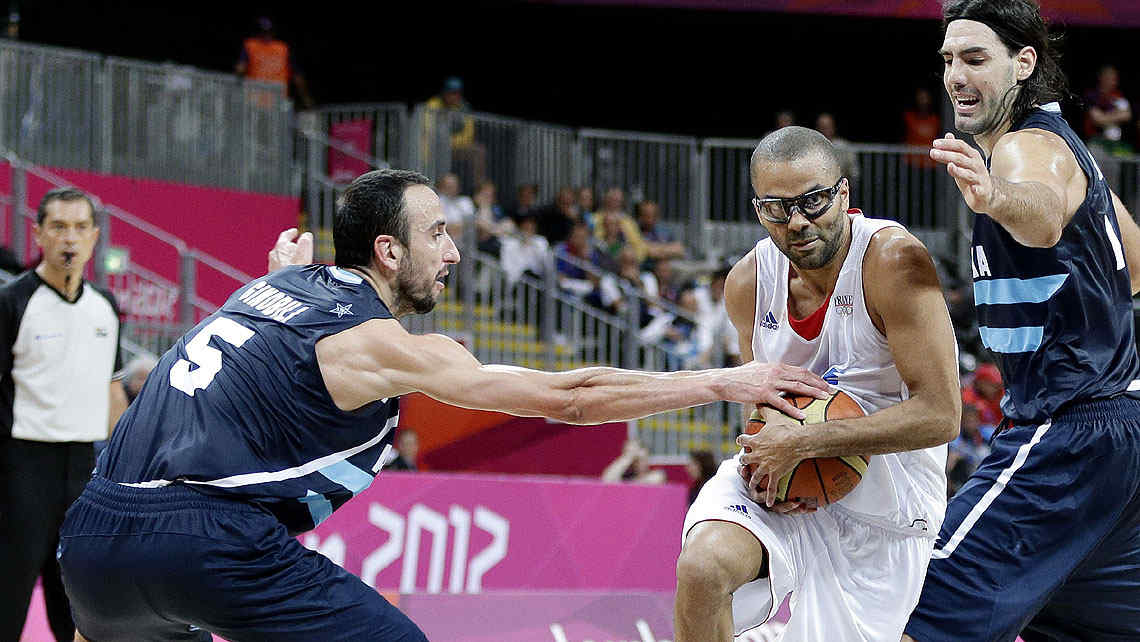 &quot;Manu&quot; jug bien, pero la seleccin no pudo con Francia. (Foto: AP)