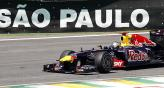 En Brasil Vettel, como lo vena haciendo, vol con el Red Bull (Foto: AP).