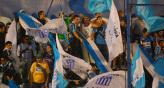 Algunos hinchas de Racing no se portaron bien en Rosario (Foto: La Voz).