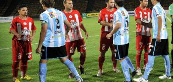 Alumni y Racing de Crdoba descendieron al Argentino B. Podran volver? (Foto: La Voz).