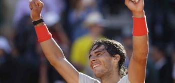 &quot;Rafa&quot; festeja: es el nuevo 4 del ranking mundial (Foto: AP).