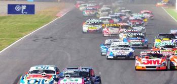 Los Ford y los Dodge, adelante.. y bien atrs, los Chevrolet (Foto: Tlam).