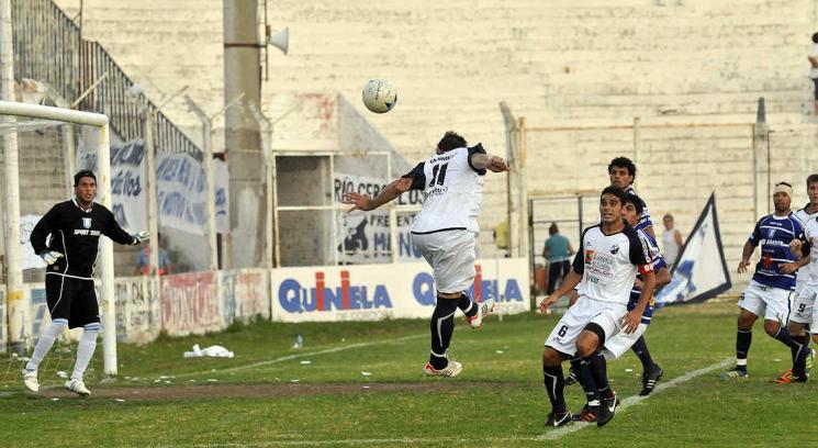 Juniors no puede meterse en la lucha arriba. (Foto: Sergio Ortega)