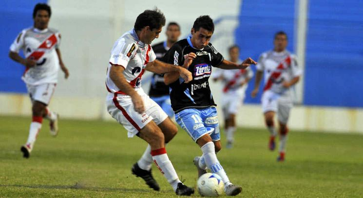 Racing no pudo con Guaraní Antonio Franco (Foto: Ramiro Pereyra).